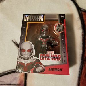 Metals Die Cast. Ant-Man. Civil War